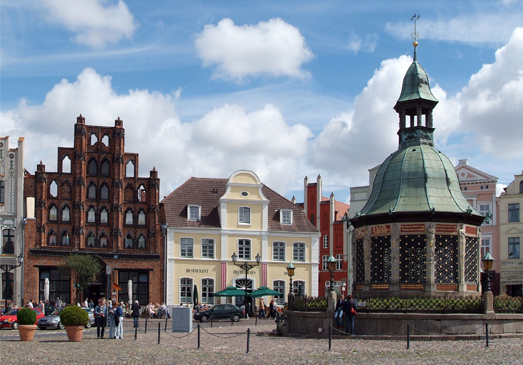 Wismar Waterworks and 'Alter Schwede' Townhouse